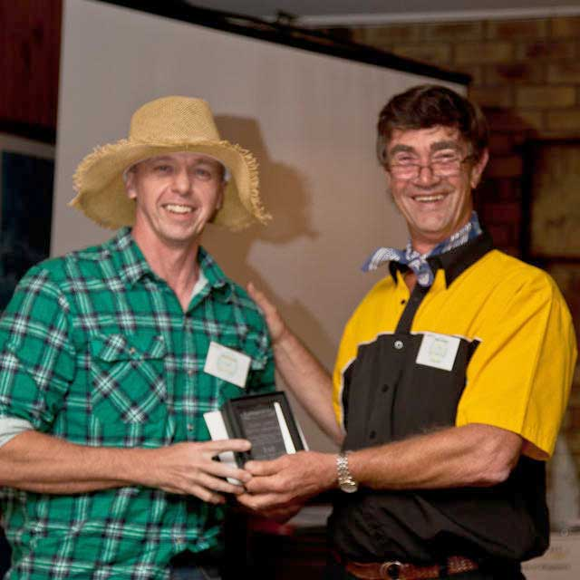 Winner-Overall-Sprint-Winner-Geoff-presenter-Giles