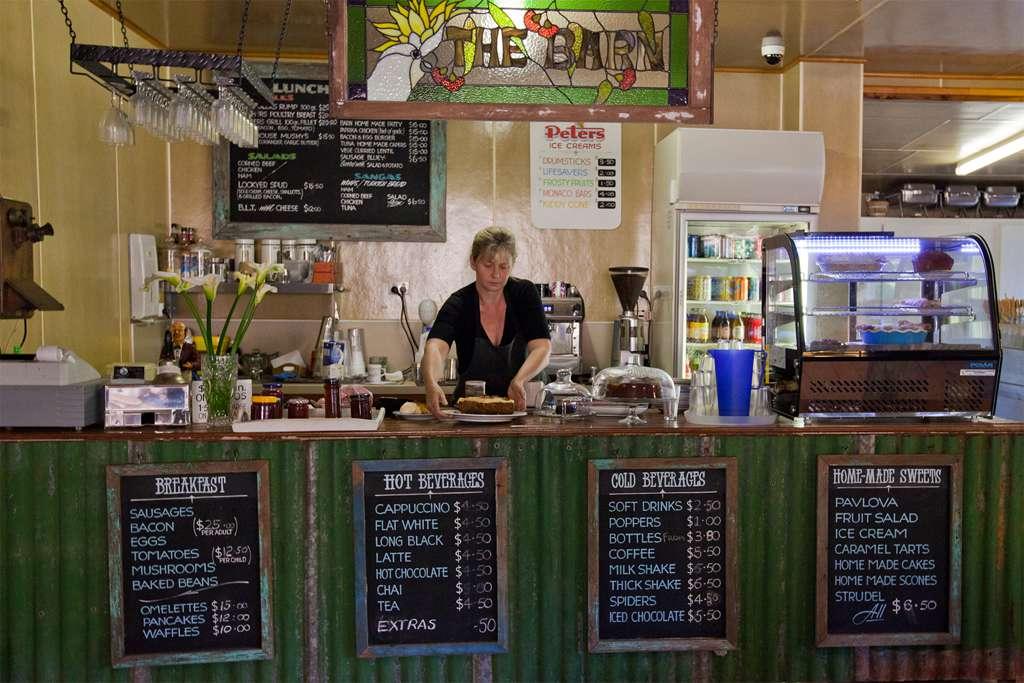 14-The-Barn-eatery