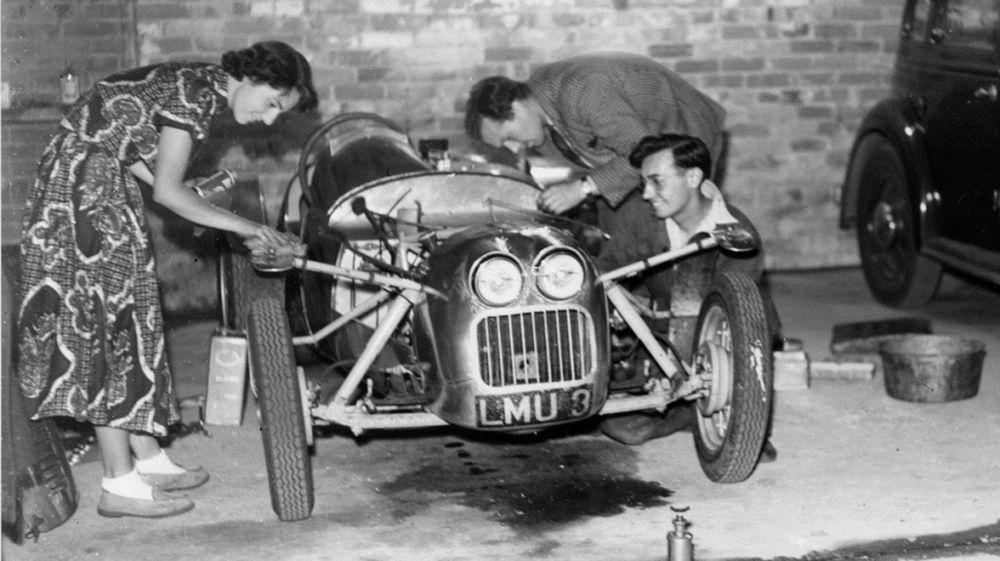 Lotus-Mk3-1