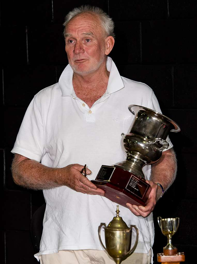 Ken Philp with the ICC Trophy 3428