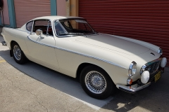 Volvo-P1800 as driven by Roger Moore as Simon Templar in The Saint
