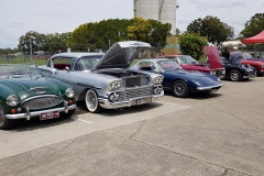 lots-of-chrome-on-show