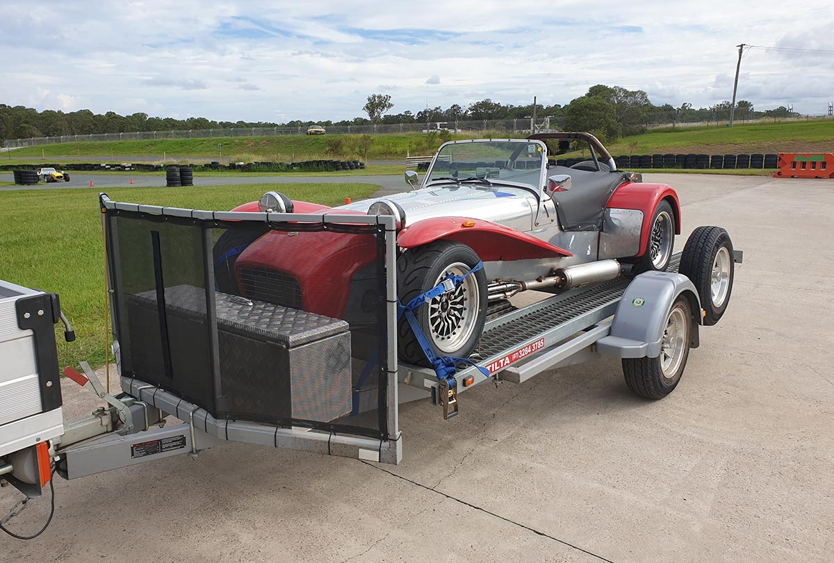Lucky-to-have-a-mate-with-a-trailer