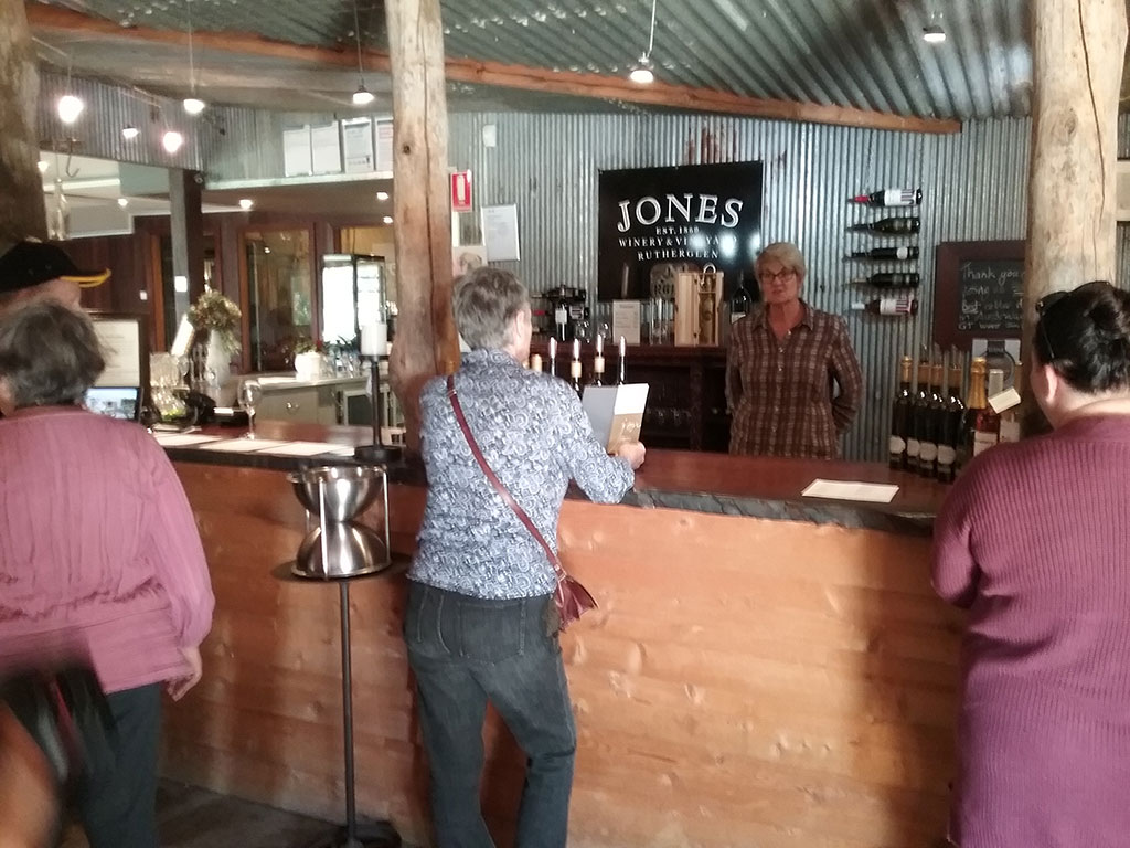 Jones-Winery-Wine-Tasting
