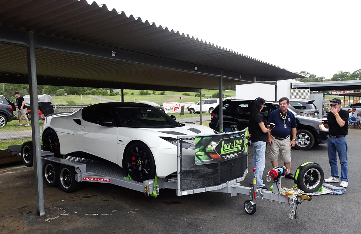 Lock-Load-Transport-QLD-teamed-up-with-TILTA-Trailers-to-display-their-wares