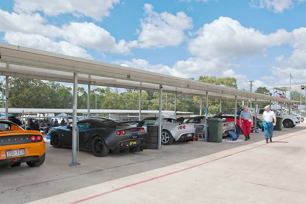 17-Elise-garages.jpg