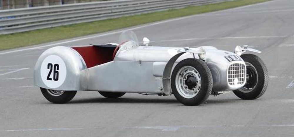 Lotus-Mk4-1